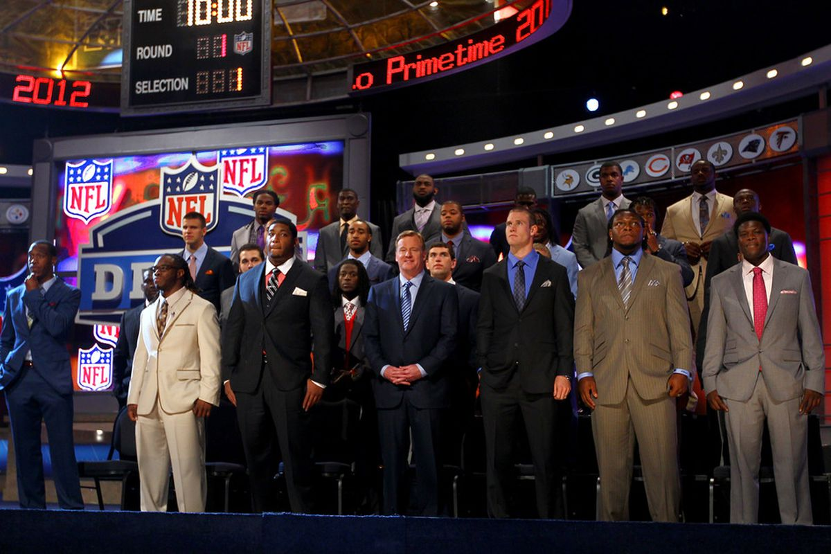 NEW YORK, NY - APRIL 26:  The 2012 NFL Draft Class poses for a class group photo with NFL Commissioner Roger Goodell (C front Row)during the 2012 NFL Draft at Radio City Music Hall on April 26, 2012 in New York City.  (Photo by Al Bello/Getty Images)