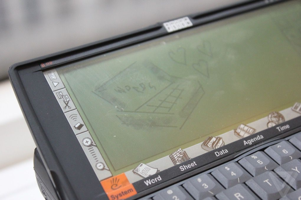 Review: the 1997 Psion Series 5 personal digital assistant