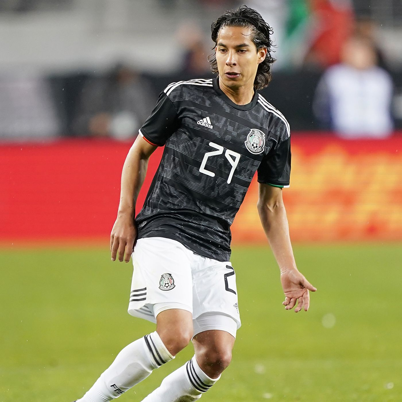 timeless design f95a3 0c164 With Diego Lainez but no Jonathan Gonzalez, Mexico announce ...