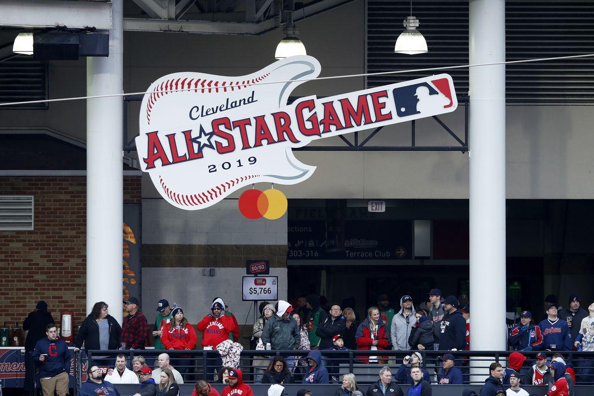 Atlanta Braves v Cleveland Indians