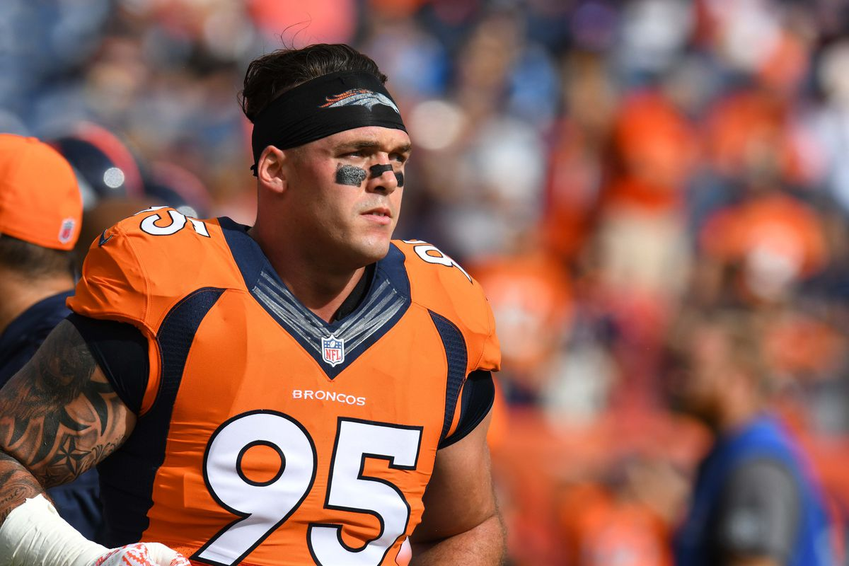 Derek Wolfe suffers hairline fracture in elbow will miss some