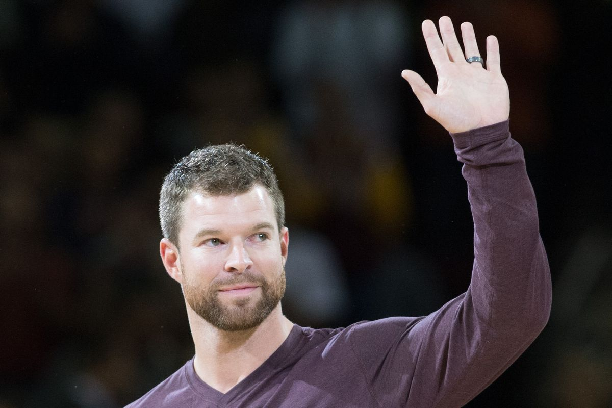 Corey Kluber and the Indians have signed an contract extension that will keep him in Cleveland through at least the 2019 season.