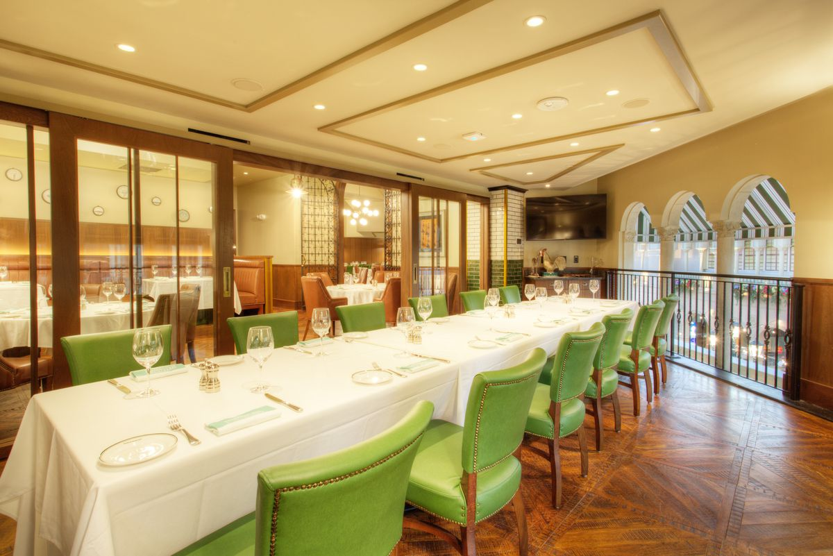 The private dining room at Smith & Wollensky