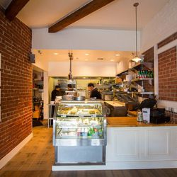 """Start your Perfect Saturday with brunch at Westwood Village's newest Eater-<a href=""""http://la.eater.com/archives/2014/03/05/simplethings_springs_to_westwood_bringing_pie_and_more.php"""">approved</a> spot Simplethings (10874 Kinross Ave), an offshoot from th"""