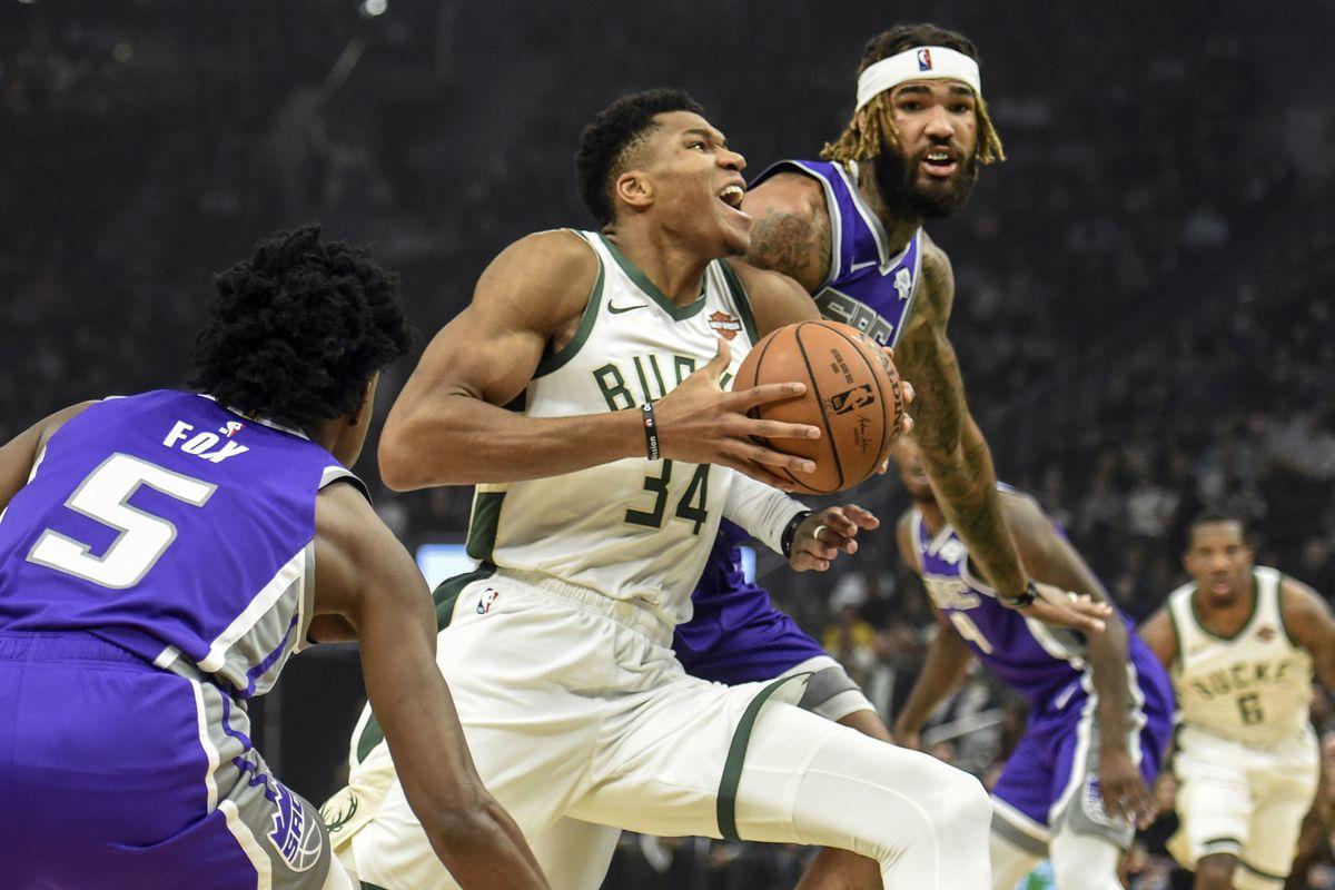 NBA: Sacramento Kings at Milwaukee Bucks