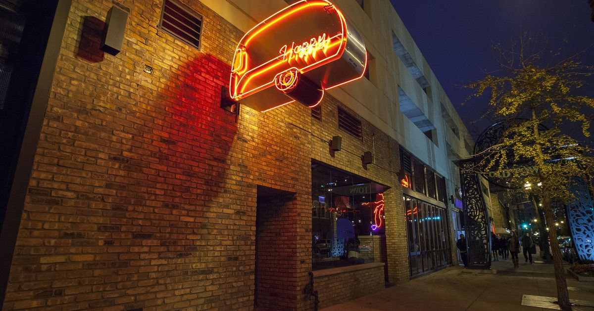 happy camper  a popular pizza bar  sets sights on wrigleyville location