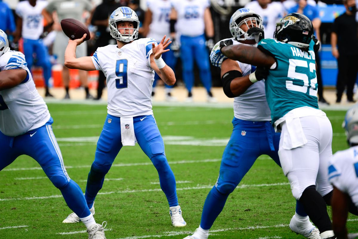 Detroit Lions quarterback Matthew Stafford throws a pass the ball against the Jacksonville Jaguars during the first half at TIAA Bank Field