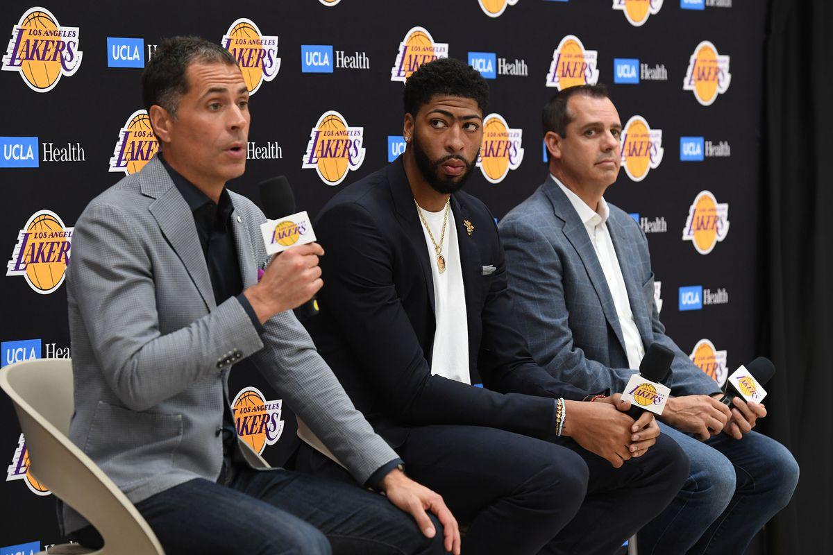 US-BASKET-NBA-LAKERS-DAVIS