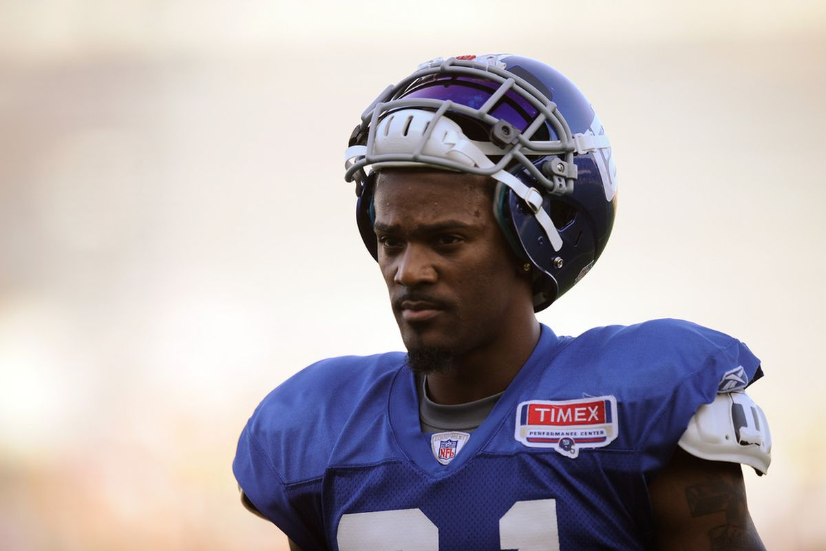 Aaron Ross is back with the New York Giants