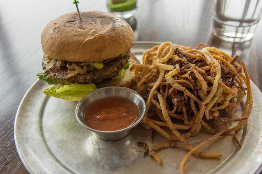 Citizen Eatery's smoked hatch green chile burger