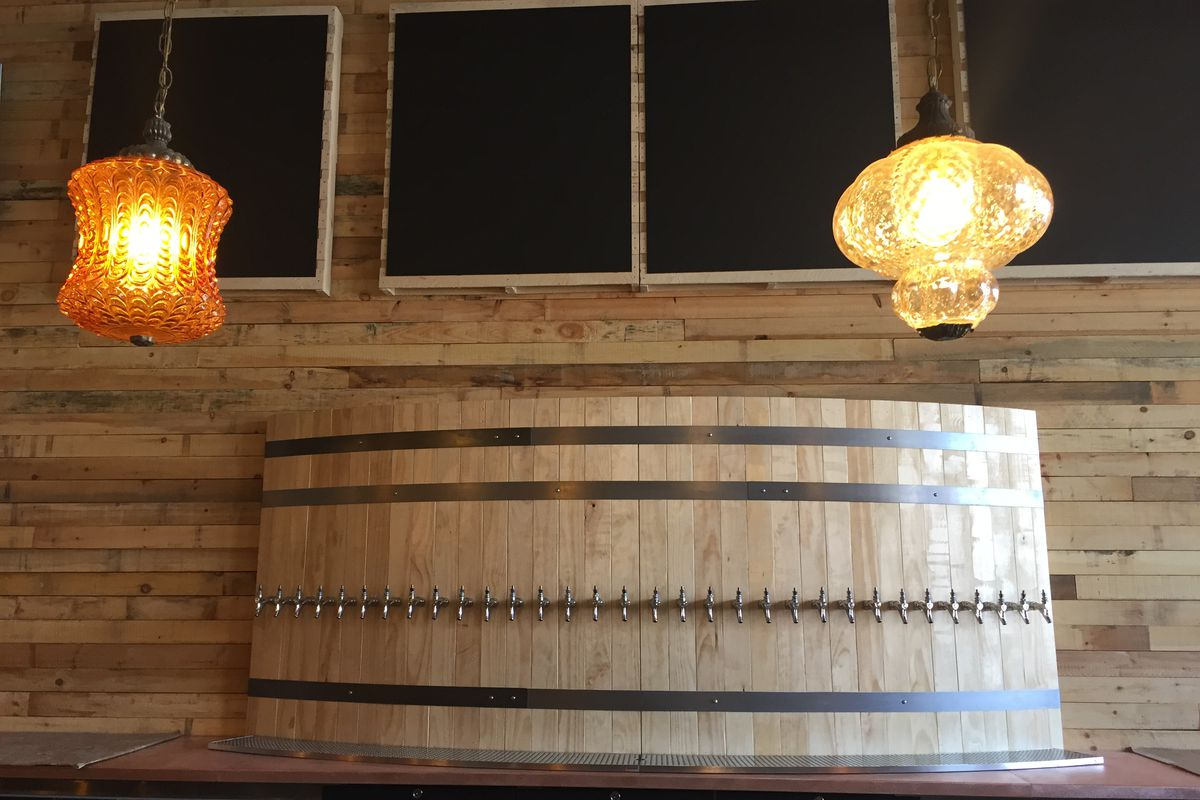 Jolly Pumpkin will offer 30 taps at its Canfield location.
