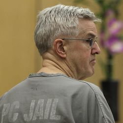 """Steve Powell appears in a Pierce County Superior Court hearing, Monday, April 23, 2012, in Tacoma, Wash. Powell's attorney said Monday that investigators frustrated by their unsuccessful quest to find Powell's missing daughter-in-law pursued an """"illegal"""" warrant that eventually led to voyeurism charges against Powell."""