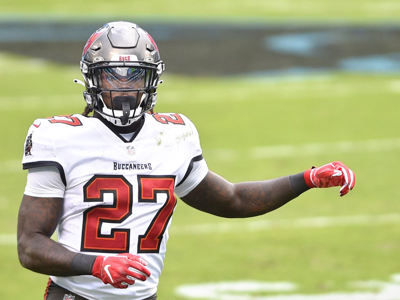 Buccaneers Activate Rb Ronald Jones Ii From Reserve Covid 19 List Bucs Nation