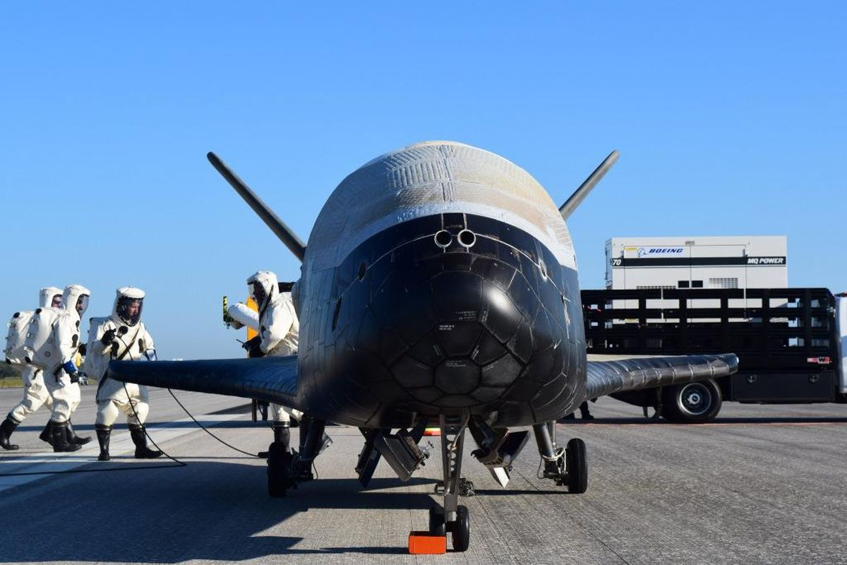 the x 37b after landing at cape canaveral florida photo u s air force