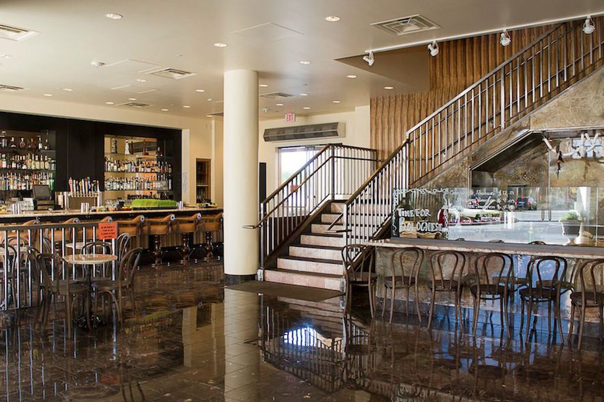 """<a href=""""http://vegas.eater.com/archives/2013/09/23/take-a-tour-of-the-ground-floor-at-echo-rig.php"""">Echo &amp; Rig, Las Vegas</a>."""
