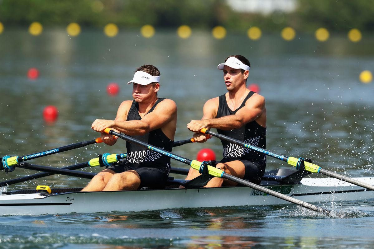 Chris Harris, left, and Robbie Manson during the semifinals.