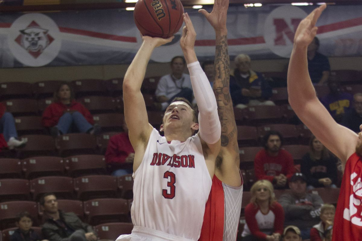 Davidson Wildcats guard Brian Sullivan (#3) scored 18 points in the first half in an 89-54 victory against Saint Louis University on Saturday, Jan. 10, 2015