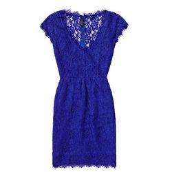 "<b>Babaton</b> Tobias Dress, <a href=""http://us.aritzia.com/tobias-dress/50214.html?dwvar_50214_color=1274#start=3"">$150</a> at Aritzia"