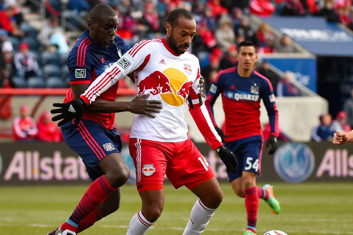 Six days removed from stifling a potentially potent, possession-oriented attack against the Red Bulls, Jhon Kennedy Hurtado (L), Benji Joya (R) and the Fire hope to do likewise against United.l