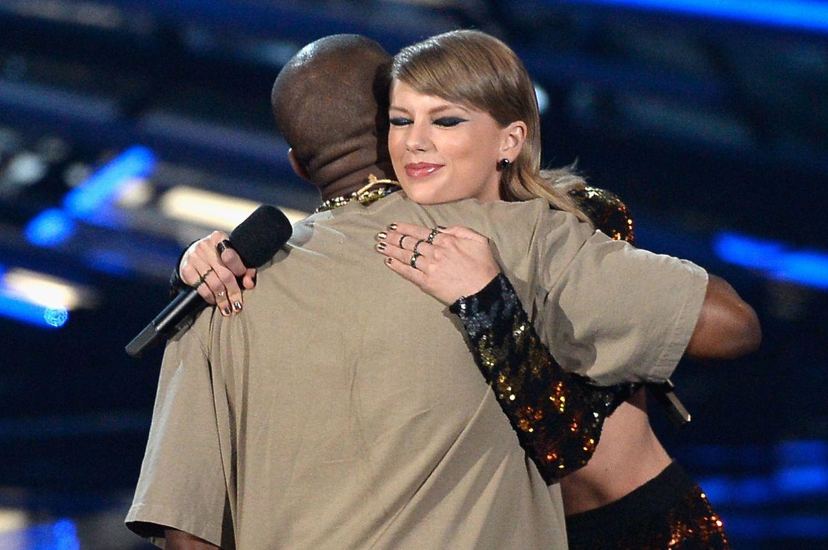 Kanye and Taylor at the VMAs.