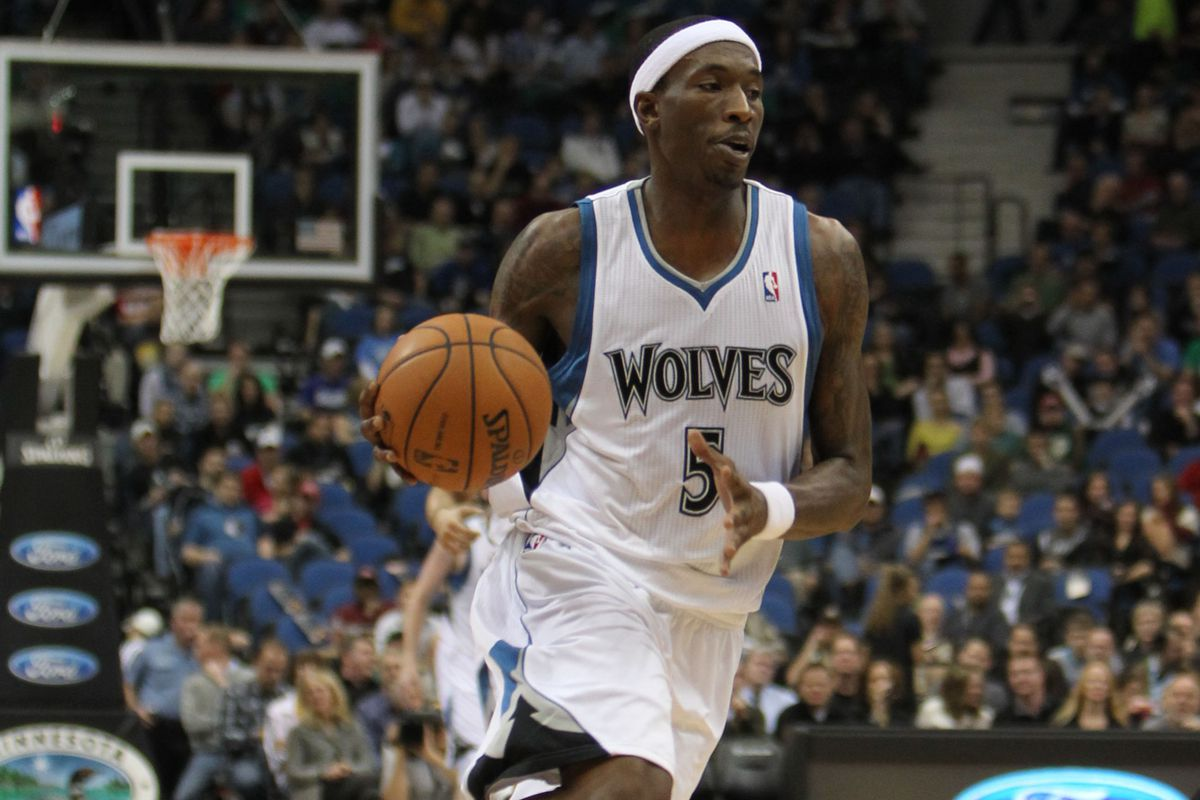 Vw San Antonio >> Spurs sign Josh Howard - This is not a joke - Pounding The ...