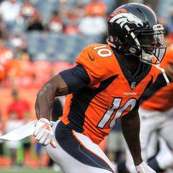 Broncos WR Emmanuel Sanders during pregame warmups.