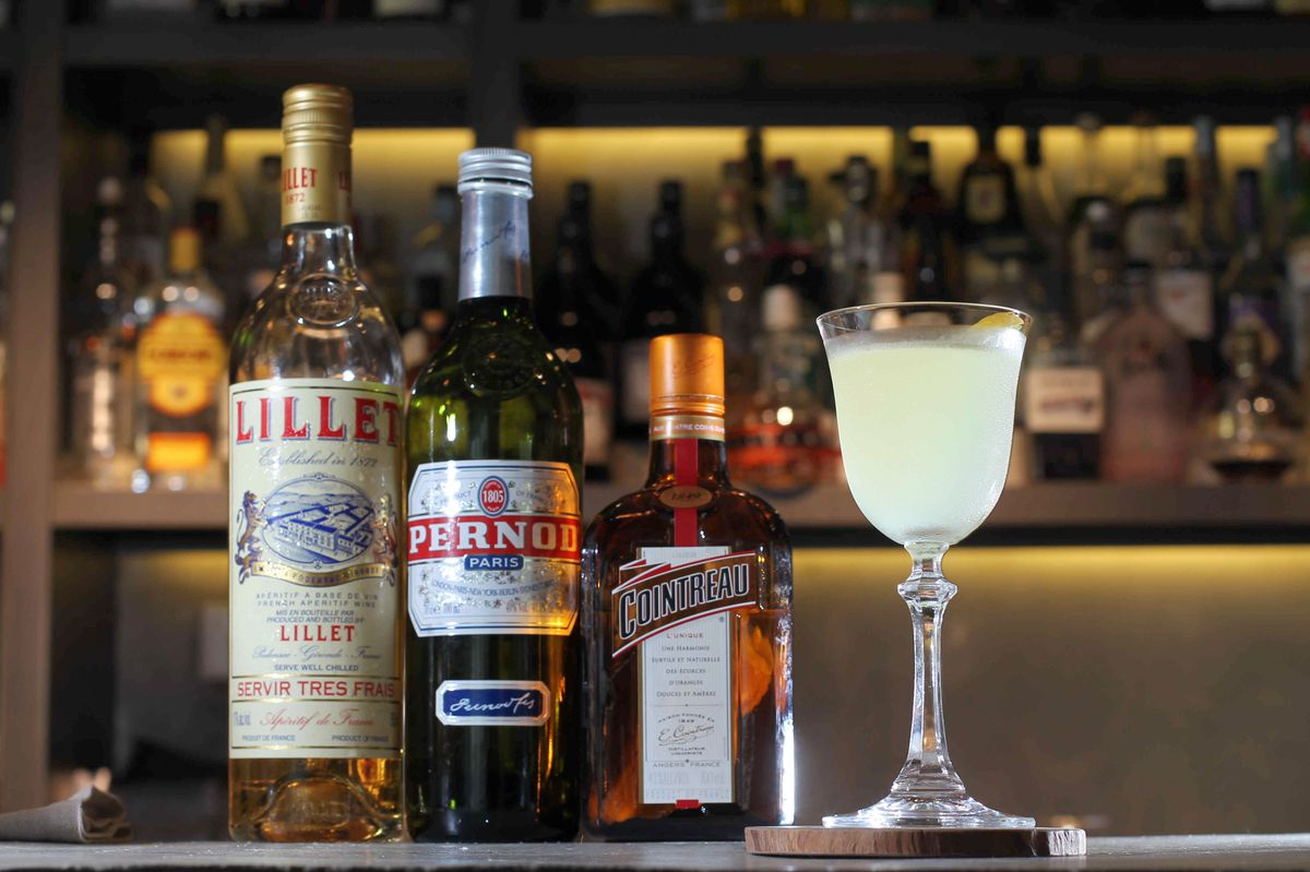 Corpse Reviver No.2 by Mixologist Leo Cheung at Alibi in Langham Place Hotel, Mong Kok. 30APR15