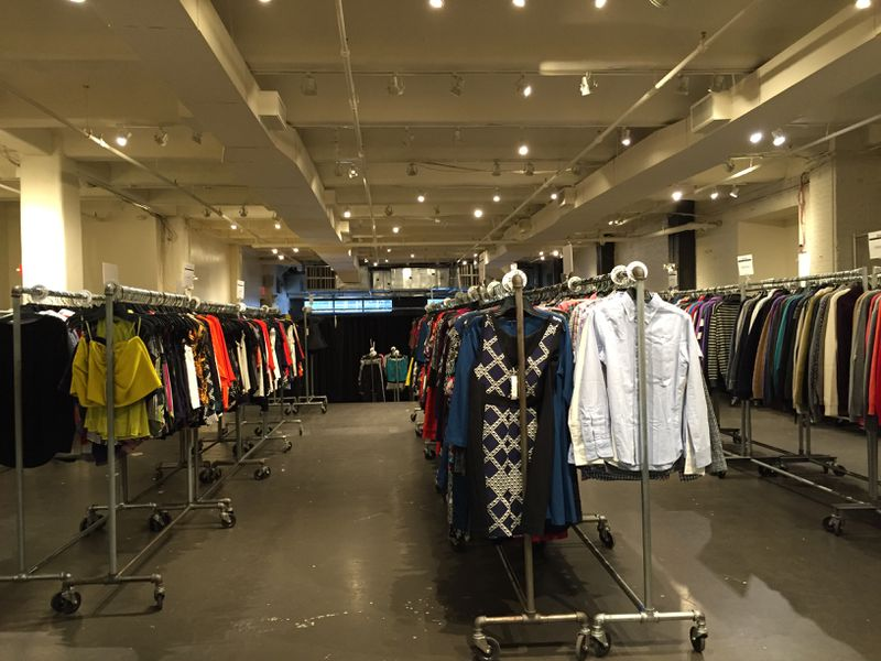 Chelsea Market's Latest Sample Sale Has Fall Glory for 70% Off ...
