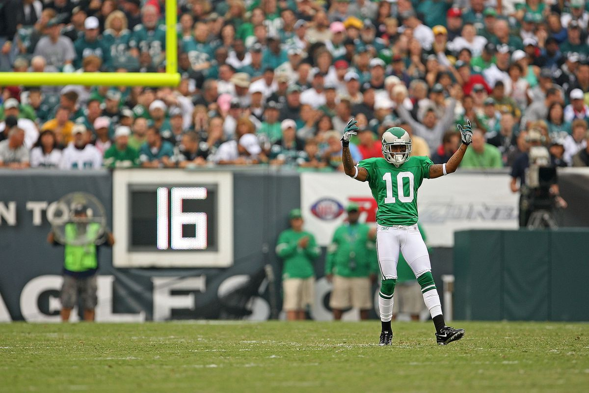 536330d5938 Should the Eagles go back to the Kelly green uniforms after winning ...