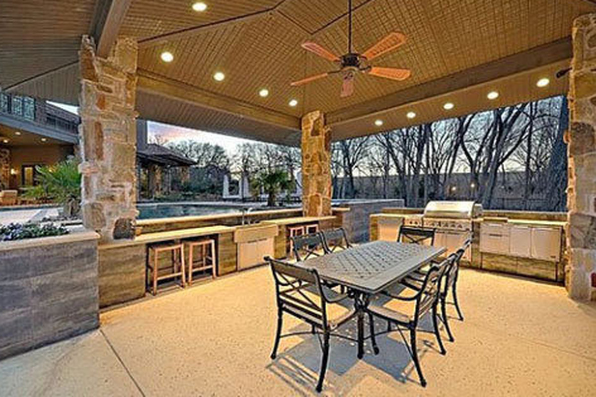 The outdoor kitchen at Sean Payton's new mansion in Vaquero, TX.