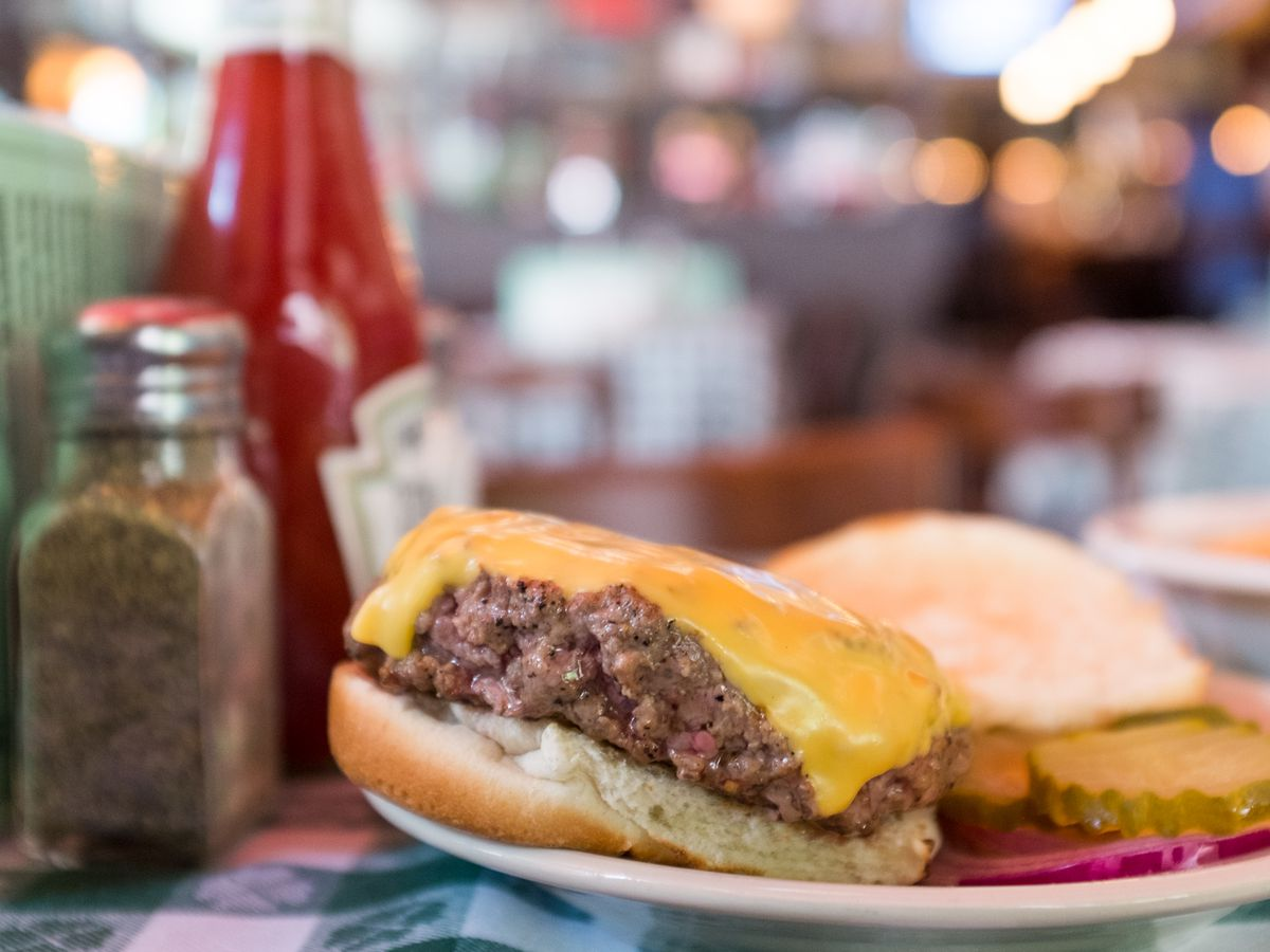 J.G. Melon burger