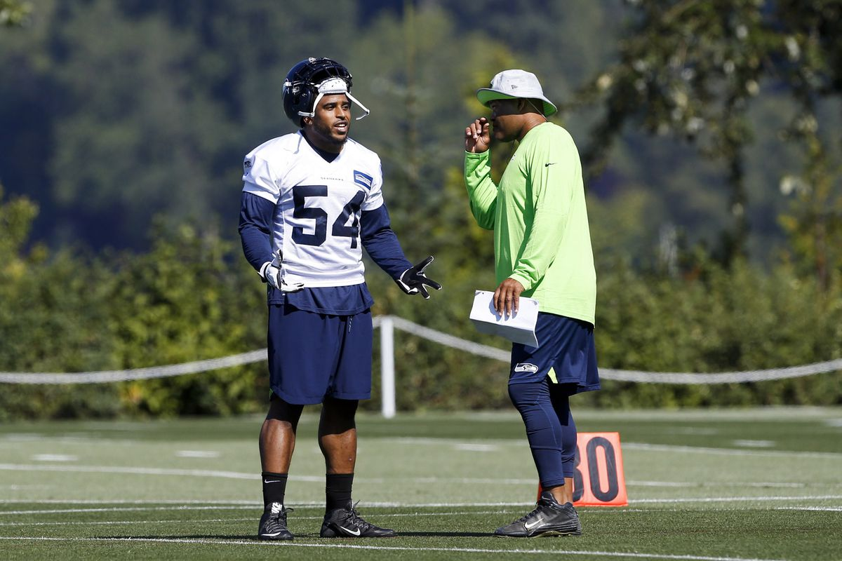 Seattle Seahawks Training Camp 2018  News and notes from day six - Field  Gulls 28c522db4