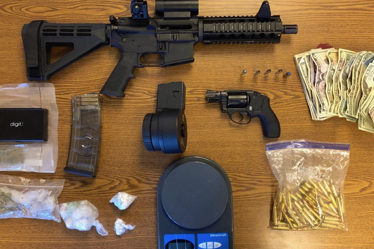 Man charged with stashing guns, drugs in NW suburb - Chicago Sun-Times