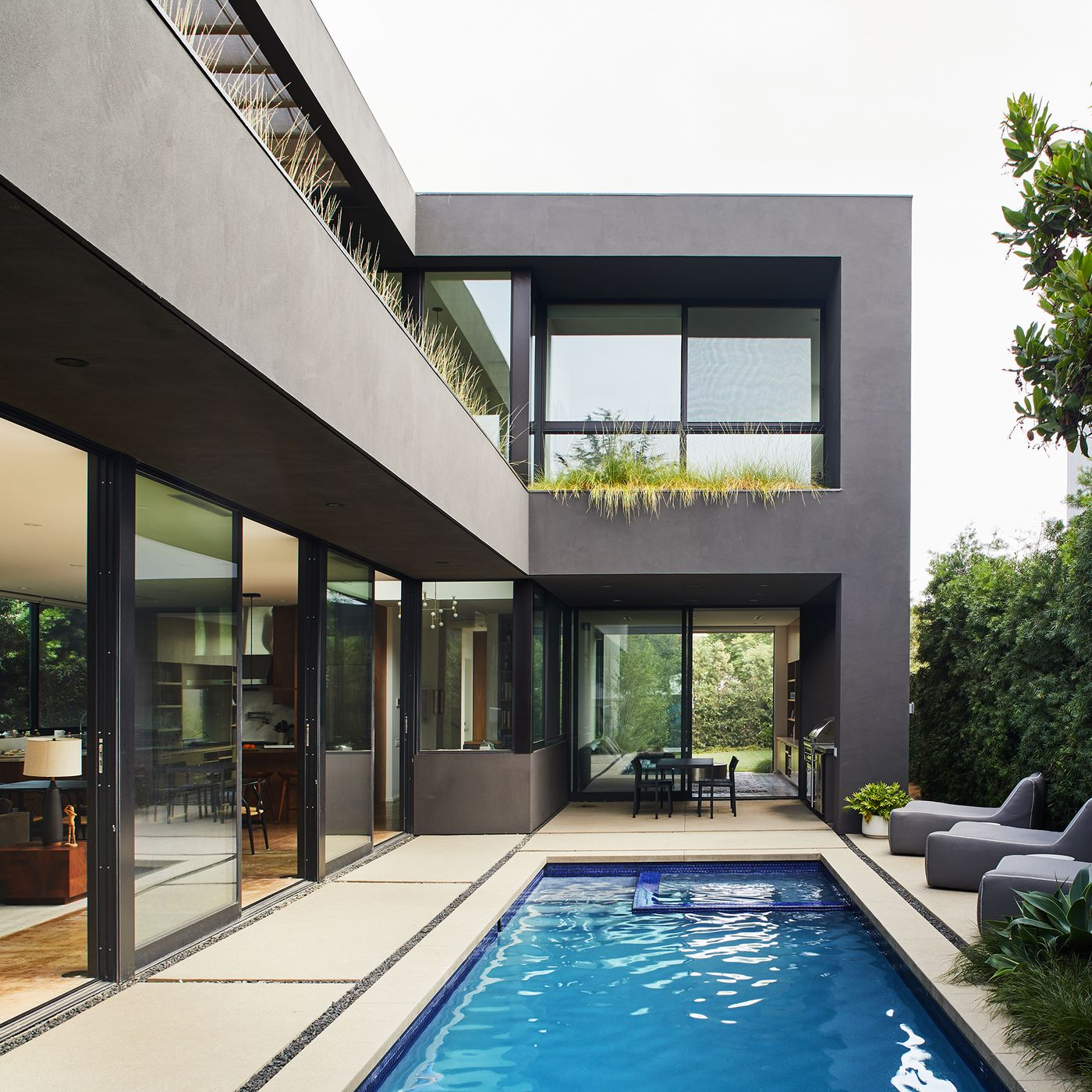 Marmol Radziner Creates A Familys Modern Oasis In Mar Vista,