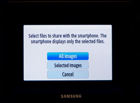 Samsung NX210 leads 2012 range of Wi-Fi-equipped mirrorless