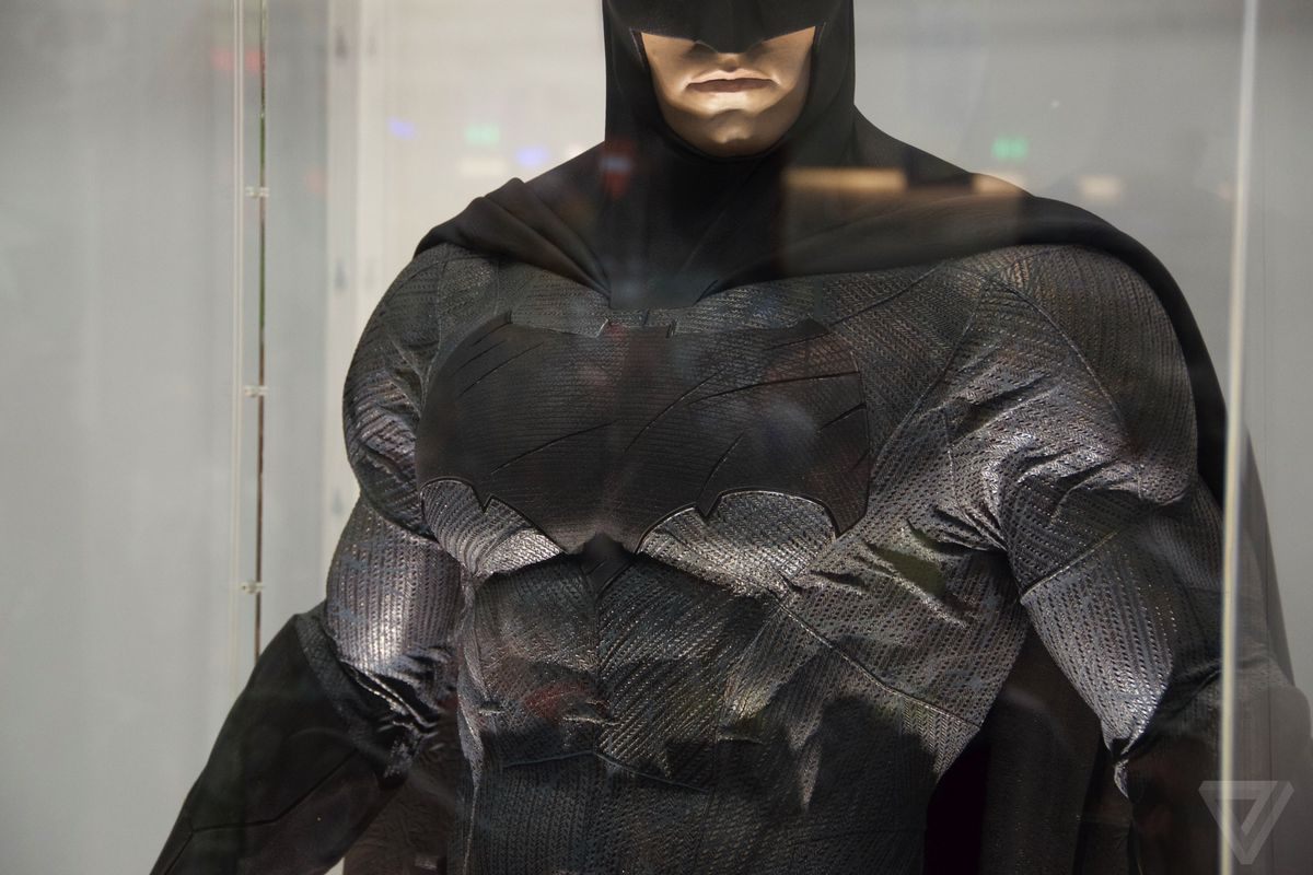 Ben Affleck may direct, write, and star in his own Batman ...