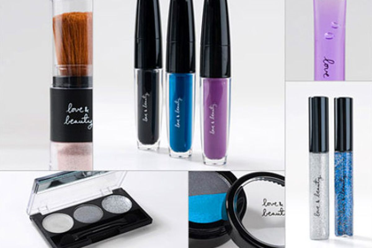 """Image via <a href=""""http://www.style.com/beauty/beautycounter/#forever-21-the-makeup-new-dracula-therapy-and-more"""">Style.com</a>"""