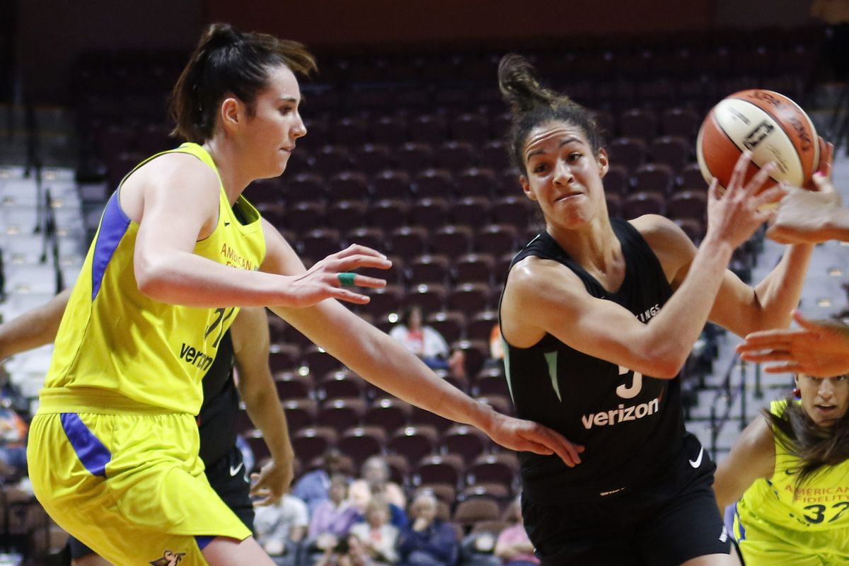 interview with new york liberty rookie kia nurse the uconn blog. Black Bedroom Furniture Sets. Home Design Ideas