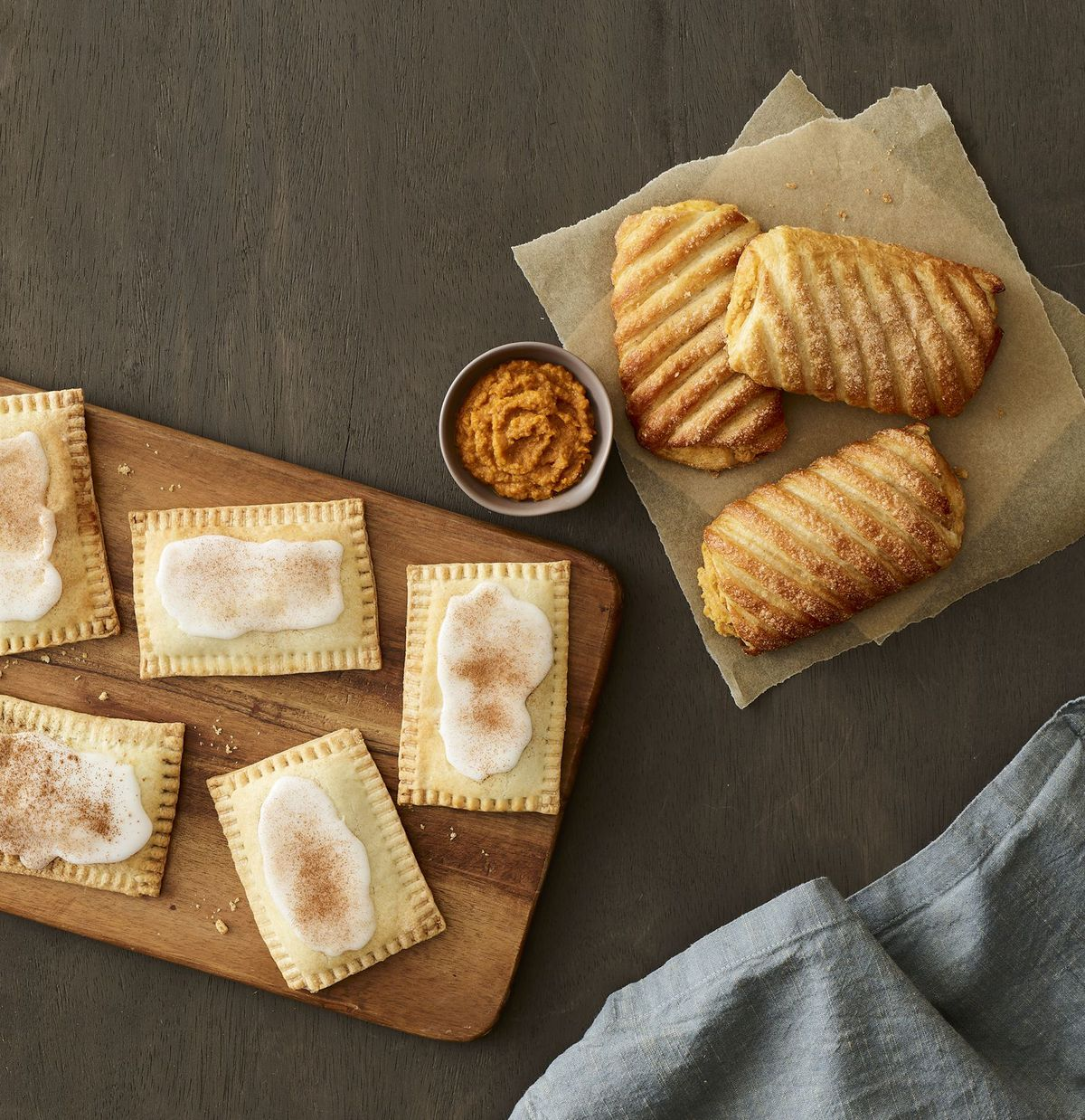 Au Bon Pain's Pumpkin croissant and pumpkin pie bon tarts