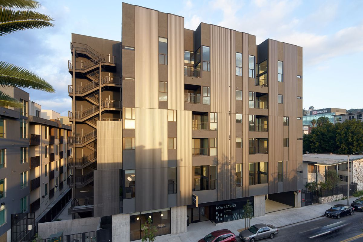 New Apartments Near Hollywood And Highland Rent From