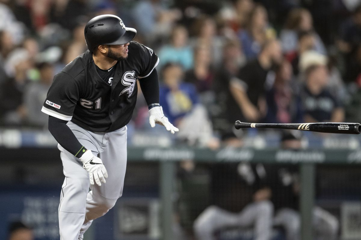 Welington Castillo tosses aside his bat after hitting a grand slam during the Sox' eight-run fifth inning Sunday. He had a career-high five RBI.