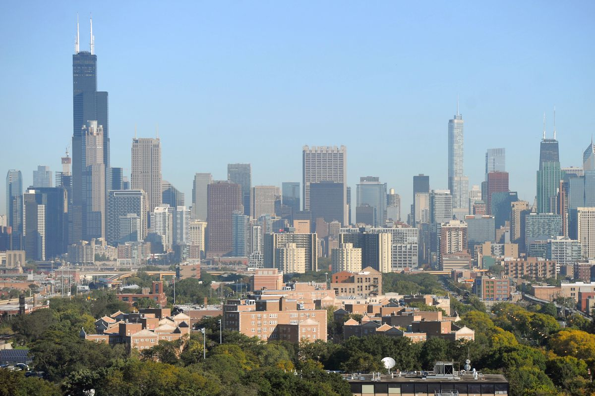 Chicago's tax rates on homes undercut the suburbs, report says