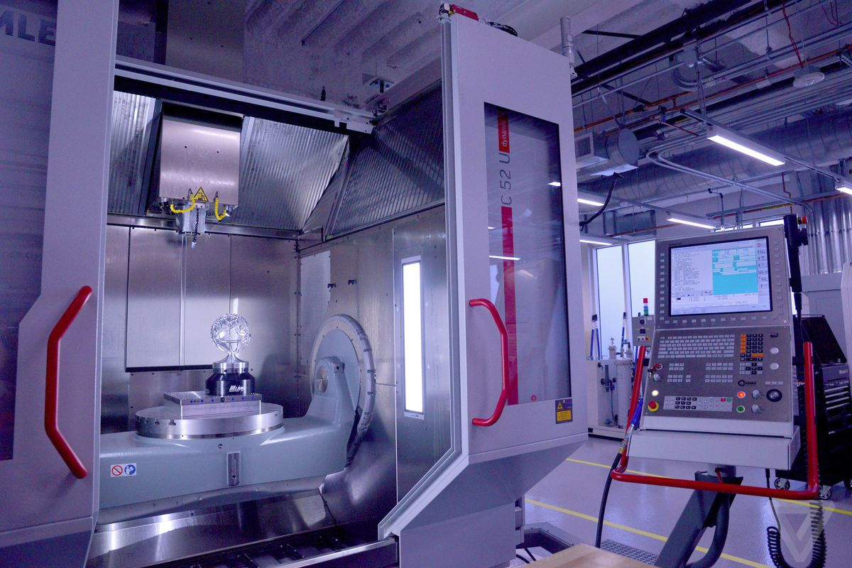 A 5-axis vertical milling machine at Facebook's Area 404.
