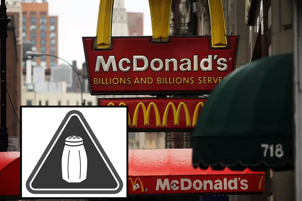 Chain restaurants will have to have a black-and-white salt shaker next to high sodium items.