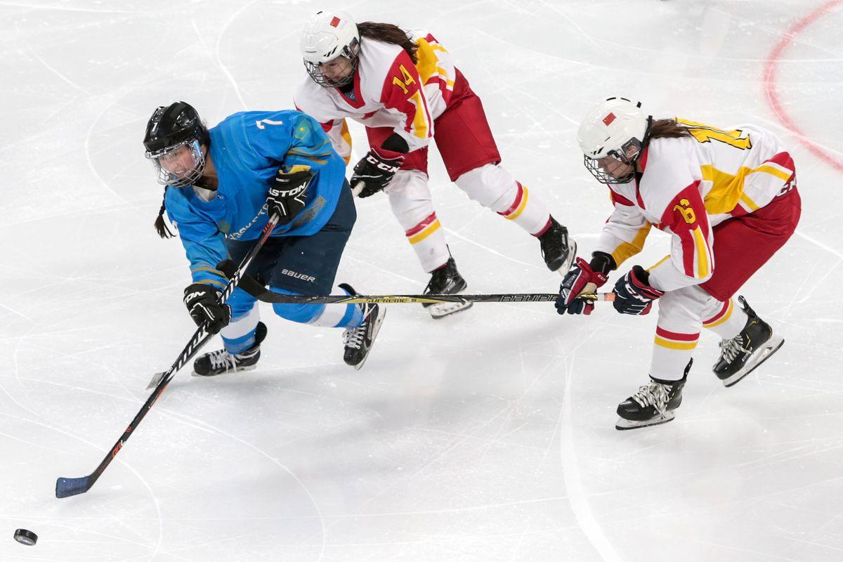 China v Kazakhstan - 2019 World Women's Ice Hockey Championships Class A Group B