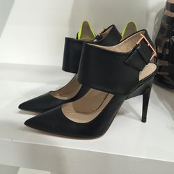 Size 37, $250