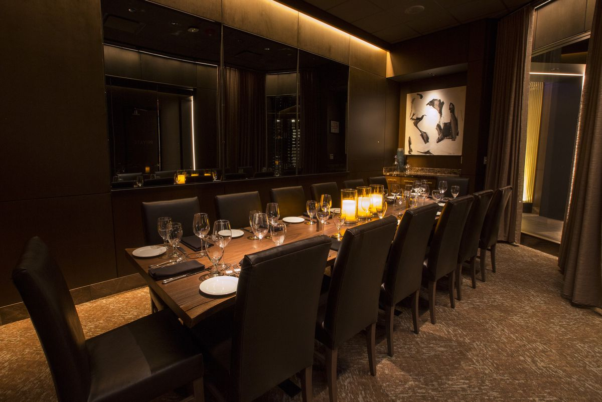 Inside Ocean Prime S First Chicago Steakhouse In The
