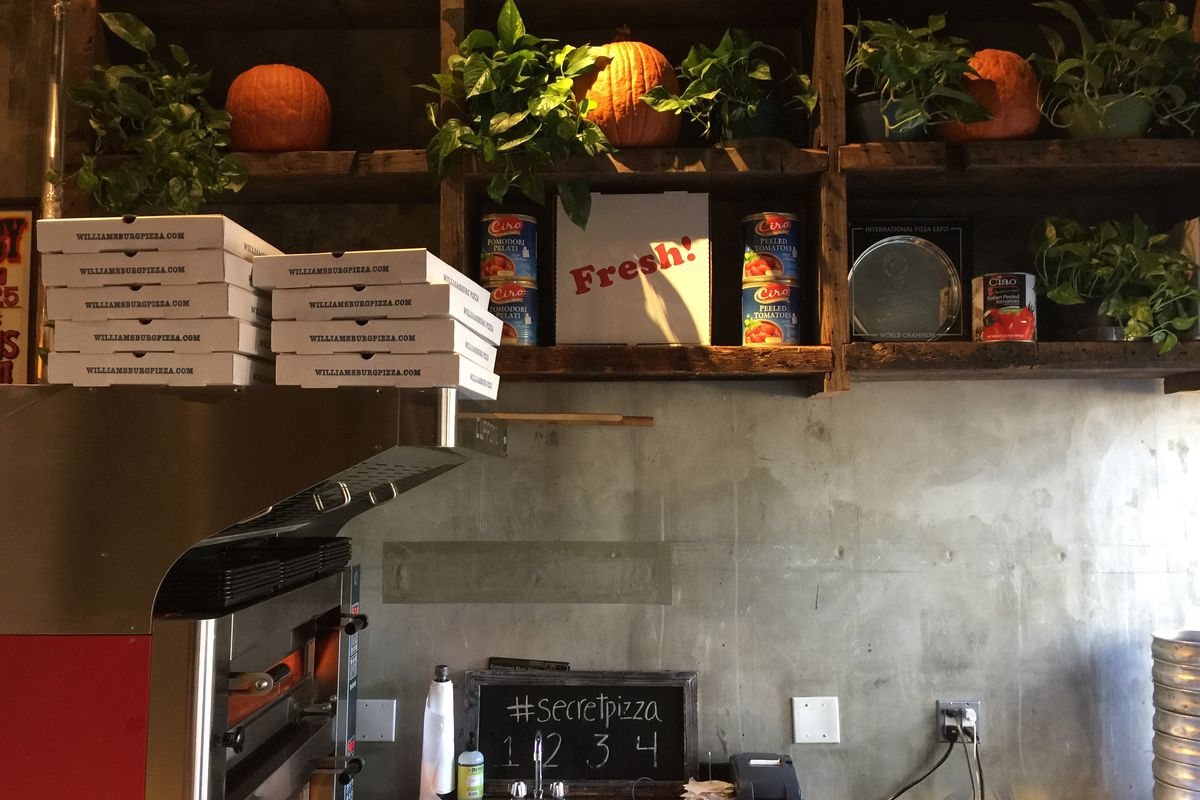 Williamsburg Pizza at 310 Bowery