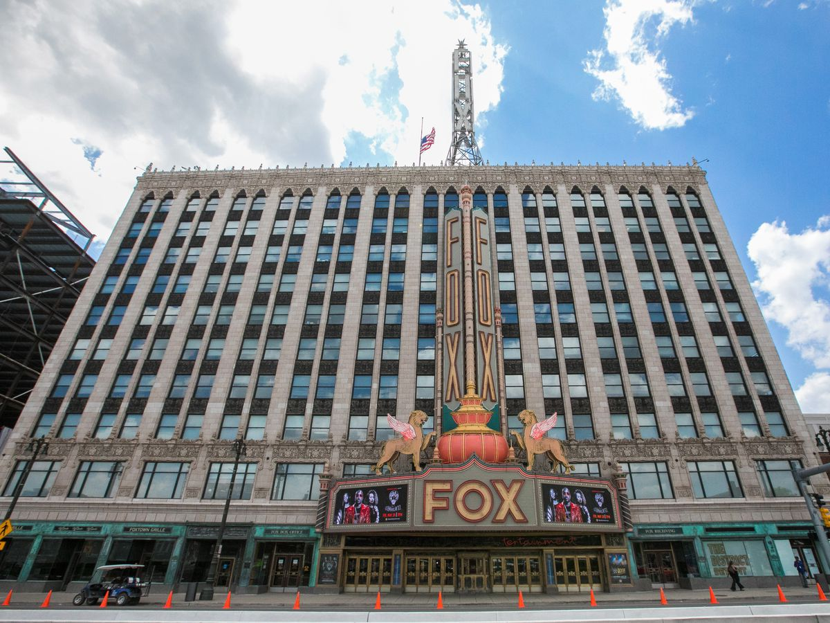 The exterior of the Fox Theatre in Detroit. The facade is tan with multiple windows.