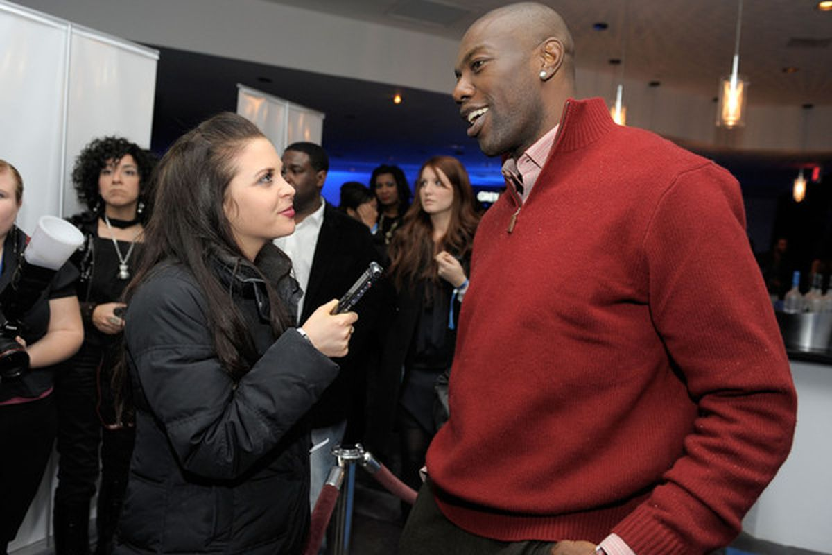 DALLAS TX - FEBRUARY 03:  NFL player Terrell Owens (R) attends the GREY GOOSE Lounge Series at Super Bowl hosted by Terrell Owens at the GREY GOOSE Lounge on February 3 2011 in Dallas Texas.  (Photo by Charley Gallay/Getty Images for GREY GOOSE)